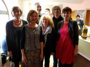 Margit Wild im Kreis der Gratulantinnen und Gratulanten